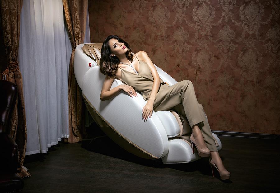 фото таня в кресле категории казахское